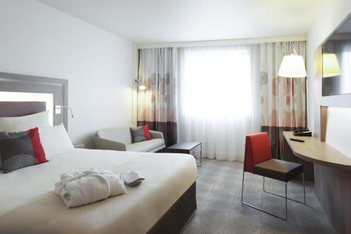 Novotel Paris 17 : Hotel near Levallois-Perret