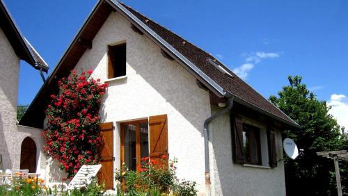 Les Jonquilles : Guest accommodation near Massieu