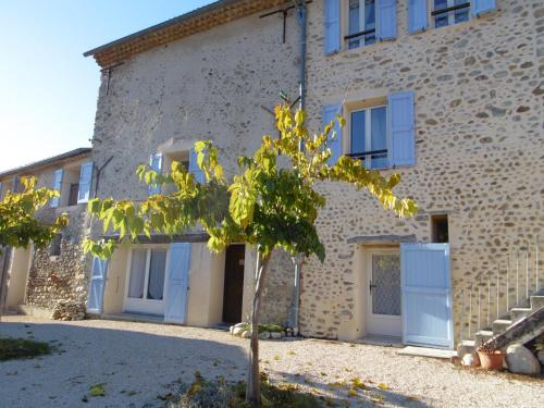 La Ferme de Vallauris : Bed and Breakfast near Salignac