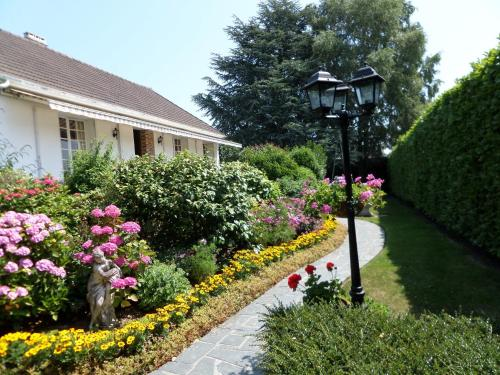 Les Puits Bessin Normandie : Guest accommodation near Sommervieu