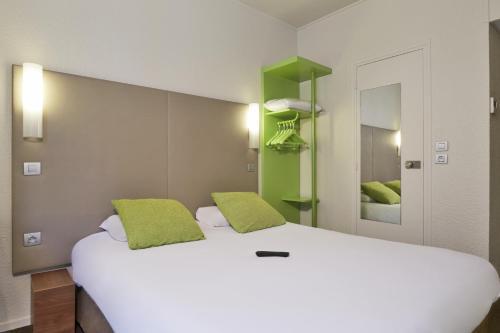 Campanile Paris Ouest - Porte de Champerret Levallois : Hotel near Neuilly-sur-Seine