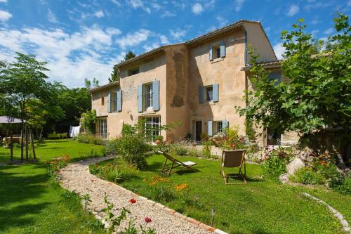 Le Coeurisier : Bed and Breakfast near Châteauneuf-de-Gadagne