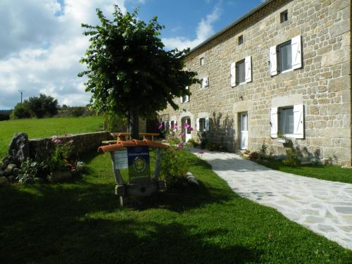 Les Pierres d'Antan : Bed and Breakfast near Saint-Chély-d'Apcher