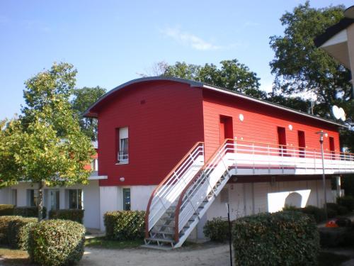 Zenitude Hôtel-Résidences Nantes - La Beaujoire : Guest accommodation near Sainte-Luce-sur-Loire