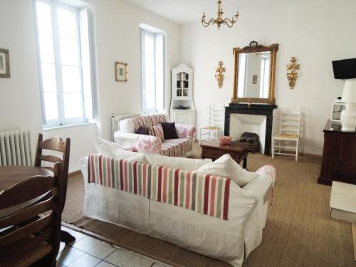 Limoux Vacances : Apartment near Ajac