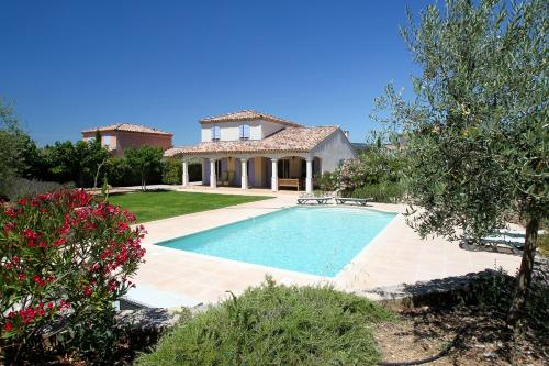 La Vallee de la Sainte Baume : Guest accommodation near Rougiers