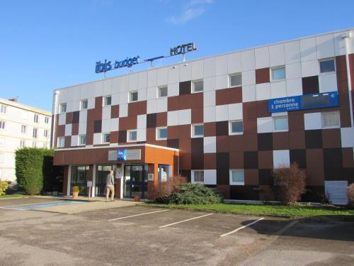 ibis budget Rouen Parc des Expos Zenith : Hotel near Saint-Étienne-du-Rouvray