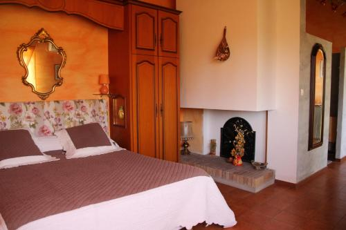 Le Mas Font De Cinq Sous : Bed and Breakfast near La Bastide-d'Engras