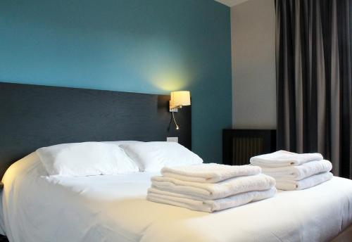 Hotel-Restaurant Le Victoria : Hotel near Rennes