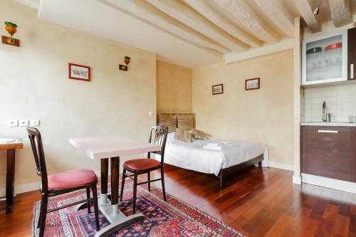 Appartement Art Deco : Apartment near Paris 3e Arrondissement