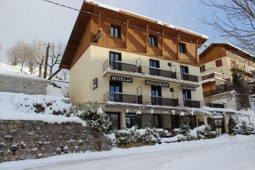 Hotel l'Escapade : Hotel near Clans
