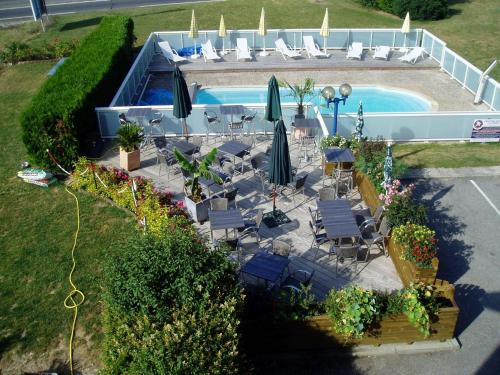 Hotel le Foron : Hotel near Reignier-Esery