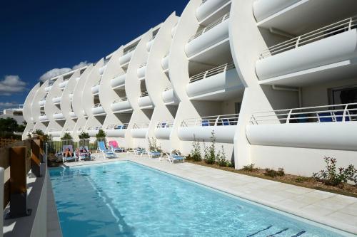 Résidence Odalys Les Dunes du Soleil : Guest accommodation near La Grande-Motte