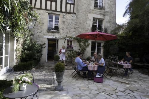 Côté Jardin - Chambres d'hôtes : Bed and Breakfast near Pont-Sainte-Maxence