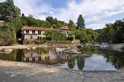 Gîte proche Puy du Fou : Guest accommodation near La Tessoualle