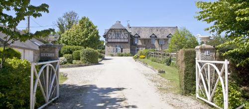 Clerval : Bed and Breakfast near Dragey-Ronthon