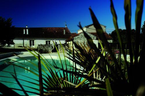 Domaine de la Laigne - Spa : Apartment near Mazeray