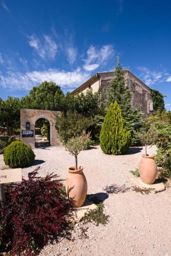 Mas de la Marotte : Bed and Breakfast near Trets