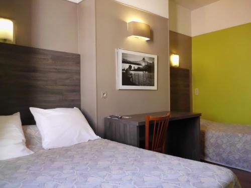 Hotel Du Dauphiné : Hotel near Lyon 2e Arrondissement