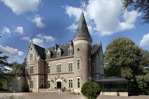 Château des Reynats : Hotel near Chancelade