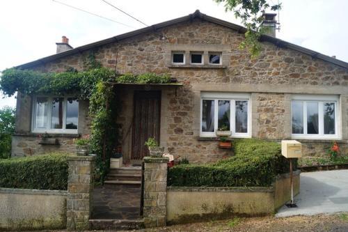 Maison Auriac Lagast : Guest accommodation near Trémouilles