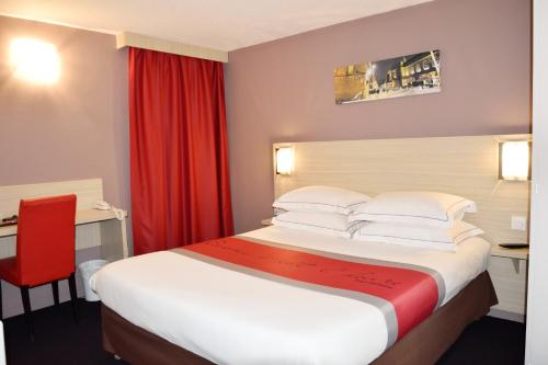 Comfort Hotel Metz Woippy : Hotel near Chieulles