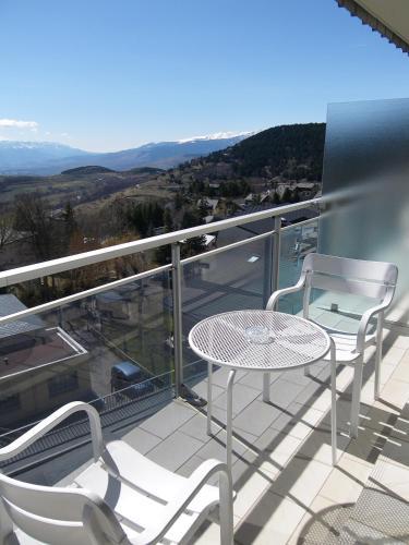 Residence The Catalogne : Apartment near Estavar