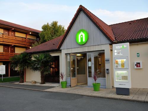 Campanile La Rochelle Nord - Puilboreau Chagnolet : Hotel near Villedoux