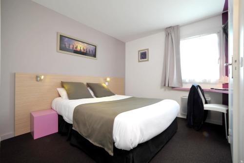 Hotel The Originals Nantes Ouest Saint-Herblain (ex Inter-Hotel) : Hotel near Orvault