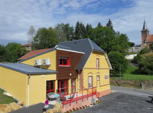 Hôtel L'Argonn' Auberge : Hotel near Courtémont