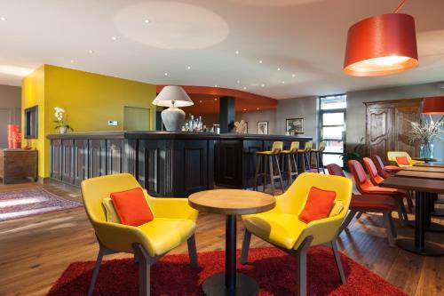 Kyriad Prestige Beaune le Panorama : Hotel near Pommard