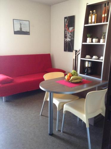 Le Patio des Traboules : Guest accommodation near Saint-Didier-au-Mont-d'Or