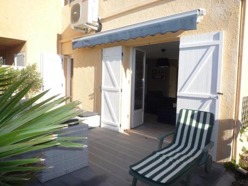 Echappée Bleue Immobilier - Villa La Cascade : Guest accommodation near La Londe-les-Maures