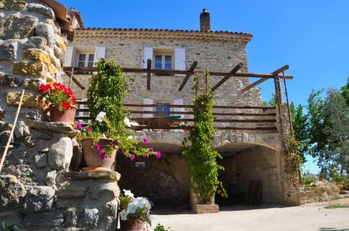 Chambres d'Hôtes Côté Cévennes : Bed and Breakfast near Saint-Martin-de-Valgalgues