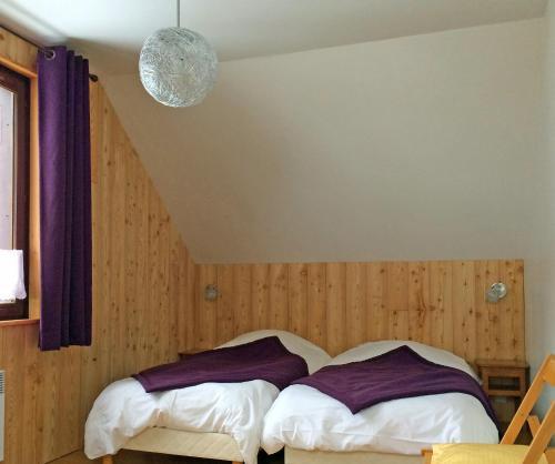 Breche Pacave : Guest accommodation near Villar-d'Arêne