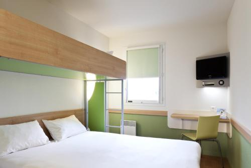 ibis budget Mantes-la-Jolie : Hotel near Richebourg
