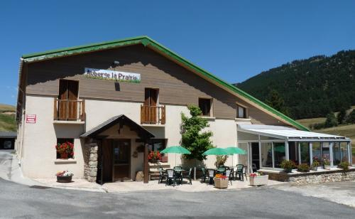 Auberge La Prairie : Bed and Breakfast near Rouze