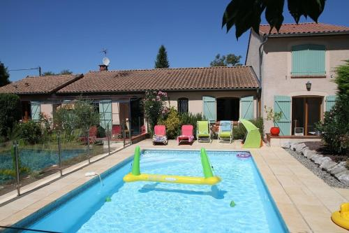 L'Escale de la Pradelle : Bed and Breakfast near Montclar-Lauragais