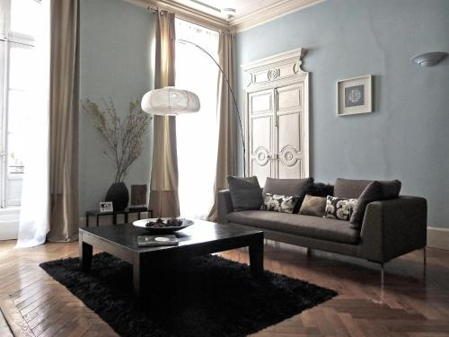 42 Rue Victor Hugo : Apartment near Pennautier