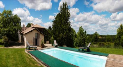 Domaine d'Esquirol : Guest accommodation near Lartigue