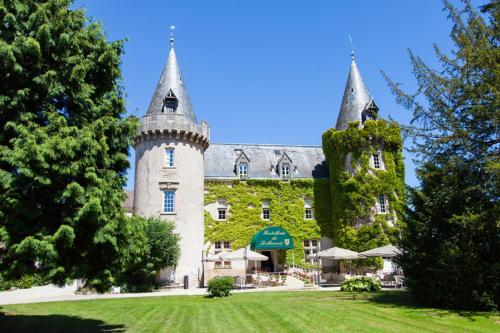 Château de Bellecroix - Les Collectionneurs : Hotel near Cheilly-lès-Maranges