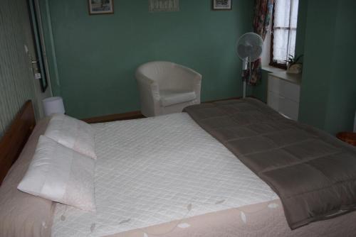 Maison du Pays de Serres : Bed and Breakfast near Lafitte-sur-Lot