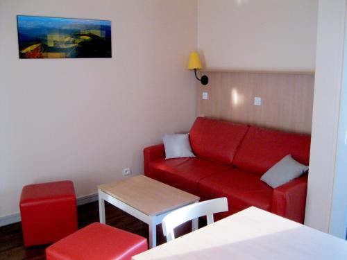 VVF Villages « Massif du Sancy » Super-Besse : Guest accommodation near Saint-Donat