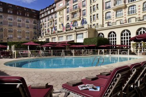 Hôtel Barrière Le Royal Deauville : Hotel near Deauville