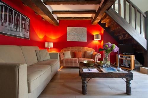 Musée du Louvre Luxury 2 Bedroom Apartment : Apartment near Paris