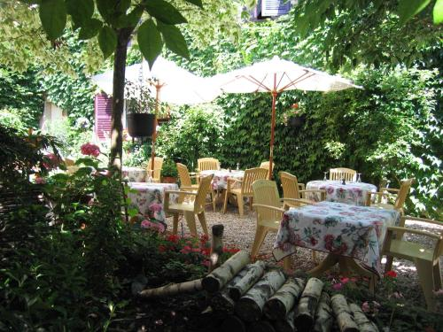 Hotel de Bourgogne : Hotel near Saint-Ythaire