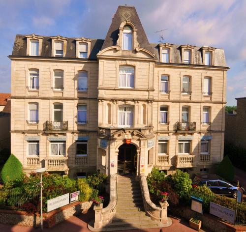 Nouvel Hotel : Hotel near Saint-Hilaire-de-Briouze