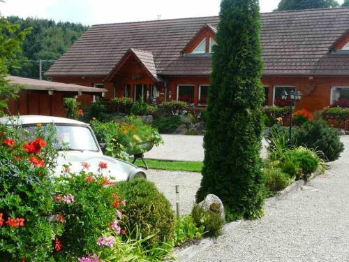 Hotel Restaurant La Petite Auberge : Hotel near Waldersbach