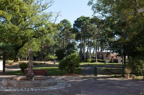 Résidence Château de Salles : Guest accommodation near Argelouse