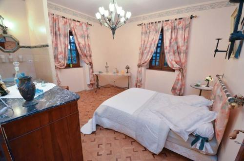 La Forge De La Coudraie : Bed and Breakfast near Saint-Brieuc-des-Iffs